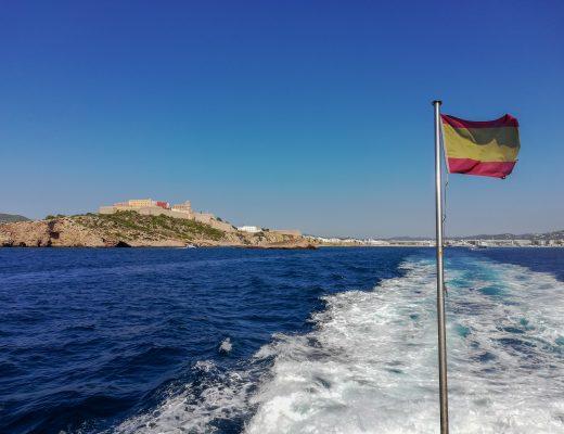 Φορμεντέρα: Άρωμα Καραϊβικής στα νερά της Μεσογείου