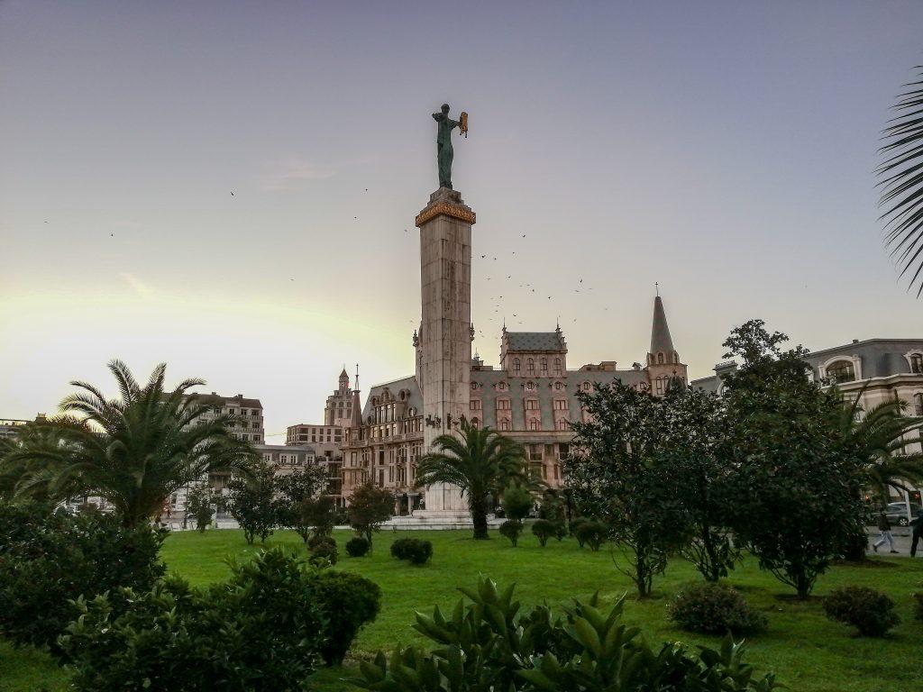 Το άγαλμα της Μήδειας στο Μπατούμι