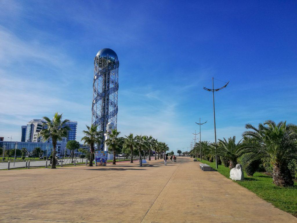 O πύργος της Αλφαβήτου στο Μπατούμι