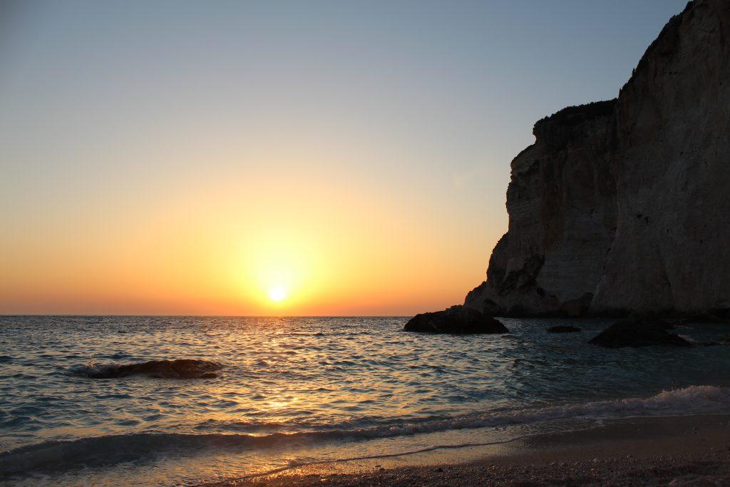 Ηλιοβασίλεμα Ερημίτη